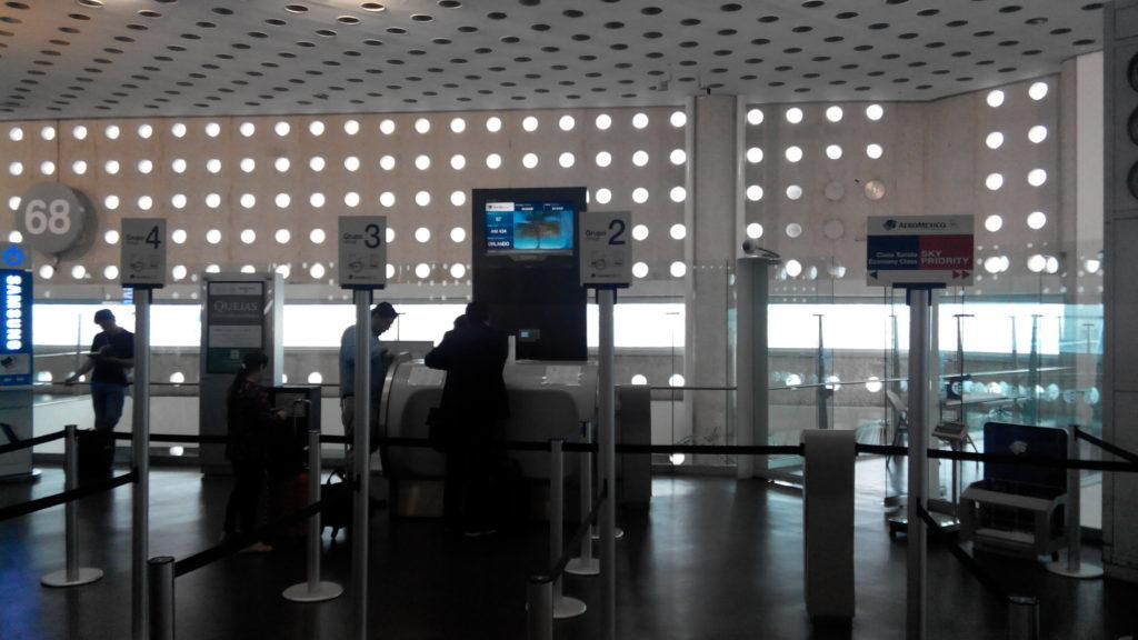 Обзор: Aeromexico, Boeing 737-700, бизнес-класс, Мехико – Орландо