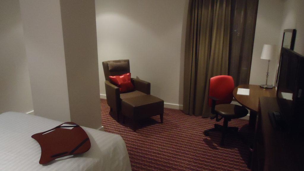 Комиссия за бронирование отеля у агентства составляет… СКОЛЬКО?