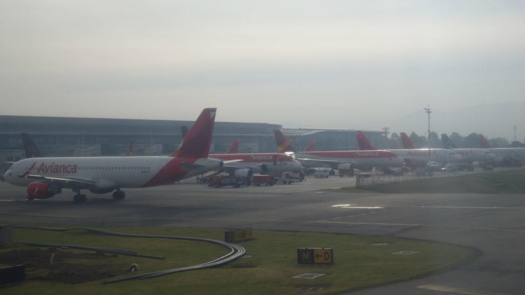 Обзор turkish airlines a бизнес класс Стамбул Панама  Мне не очень нравится то что все бортпроводники турецкой авиакомпании после приземления читают с бумажки один и тот же текст оставайтесь на своих местах
