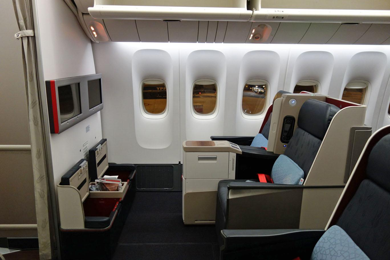 review turkish airlines b777 business class buenos. Black Bedroom Furniture Sets. Home Design Ideas