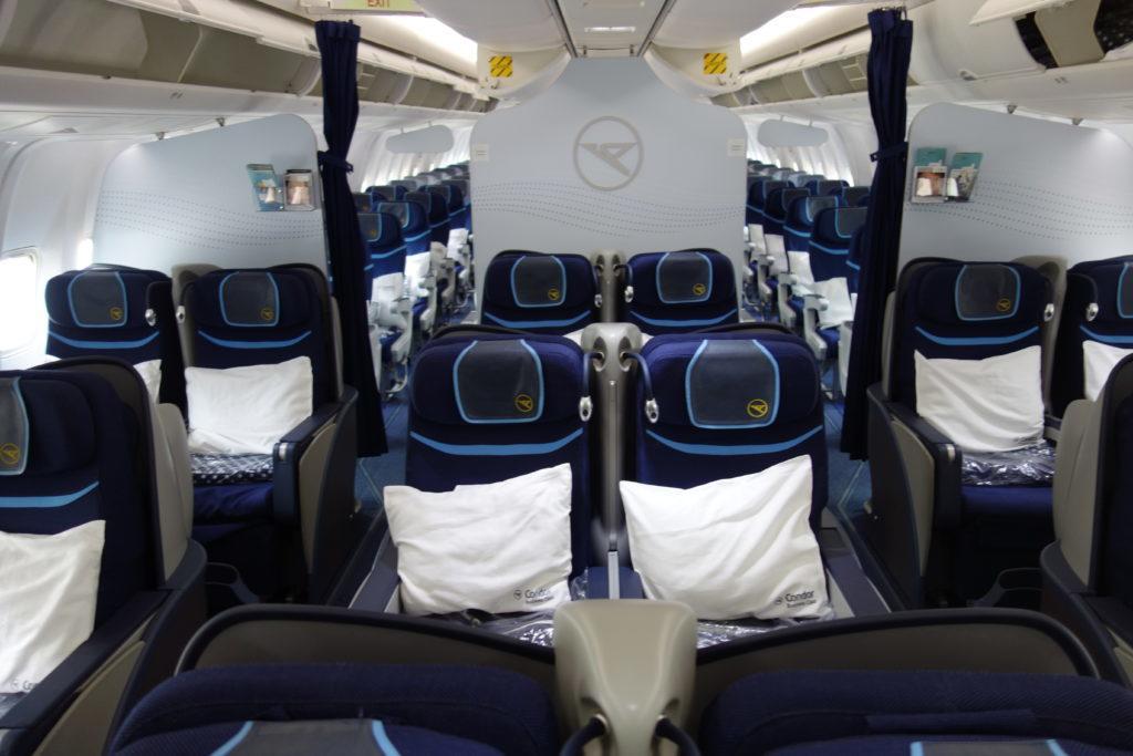 В два раза больше миль Alaska на новом рейсе Condor