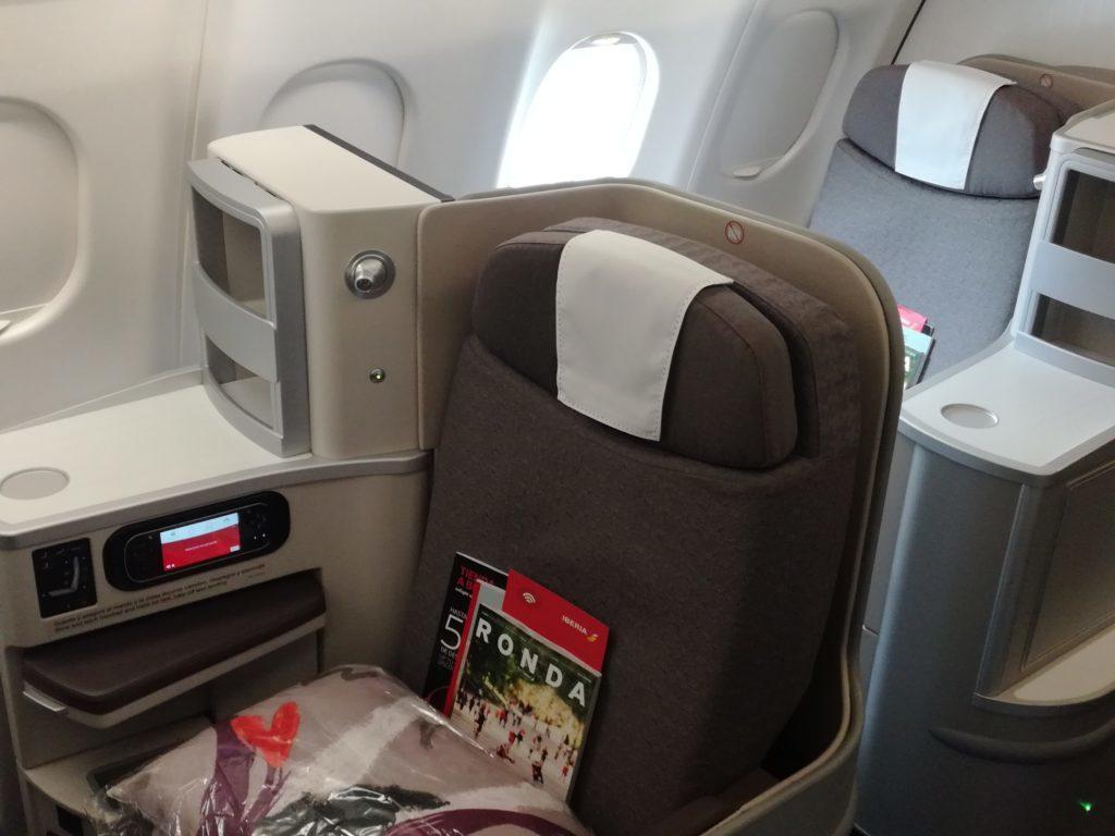 Два премиальных билета Iberia по цене одного