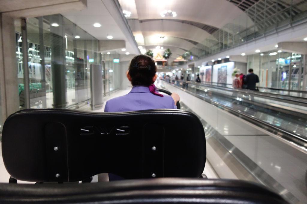 Обзор: Thai Airways Royal First Lounge, Бангкок