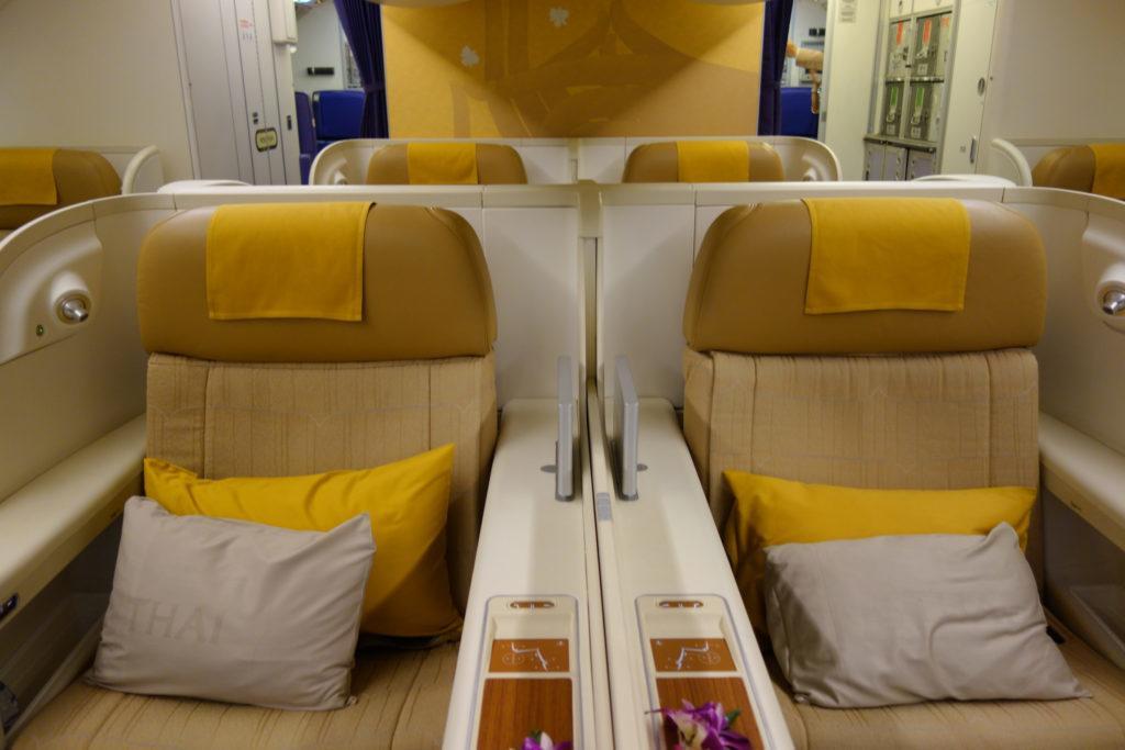 Обзор: Thai Airways, первый класс, Бангкок — Париж