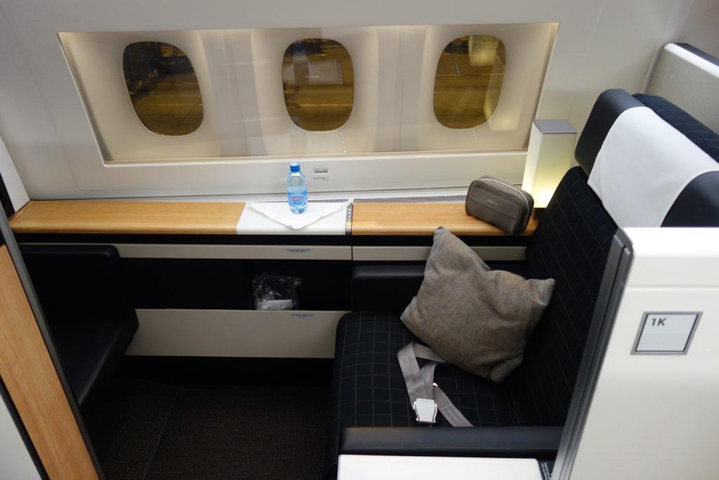 Апгрейд в первый класс Lufthansa и Swiss уже доступен из дешевых классов бронирования!