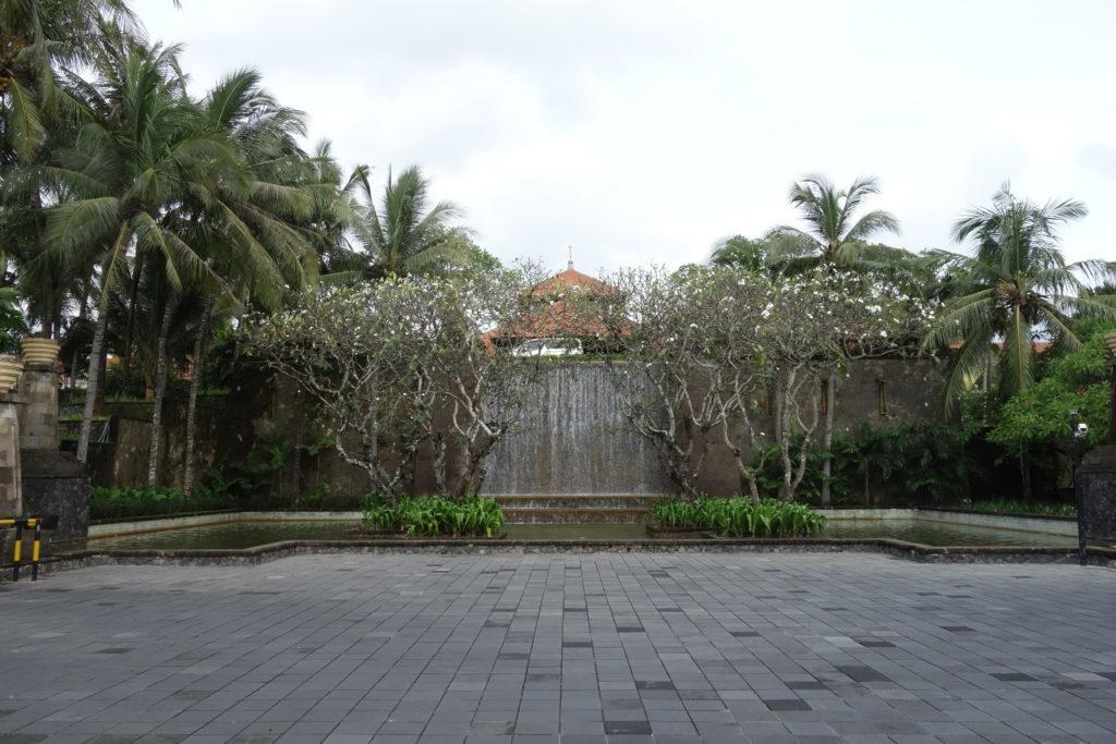 Обзор: Conrad, Бали