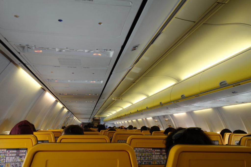 Ryanair вновь изменяет правила провоза ручной клади