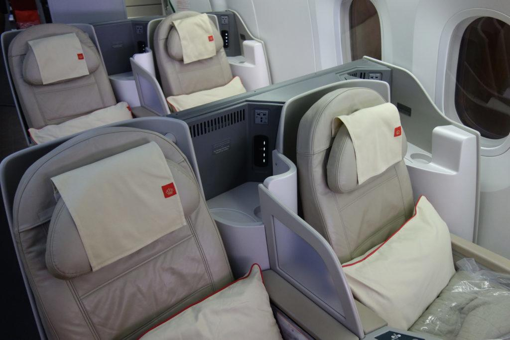 Обзор: Royal Jordanian, бизнес-класс (Boeing 787), Бангкок — Амман